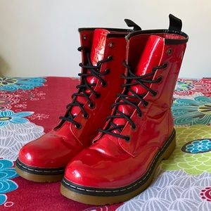 DOC Martin lookalike Boots by Vybe